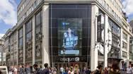 海外地标电子屏:法国巴黎春天步行街LED广告牌