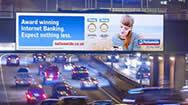 伦敦A12东十字通道LED电子屏