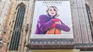 意大利米兰大教堂(Duomo di Milano)大型广告牌